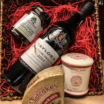 Hamper Taylors Port
